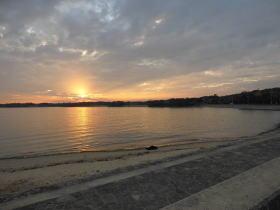 知多半島に沈む夕日